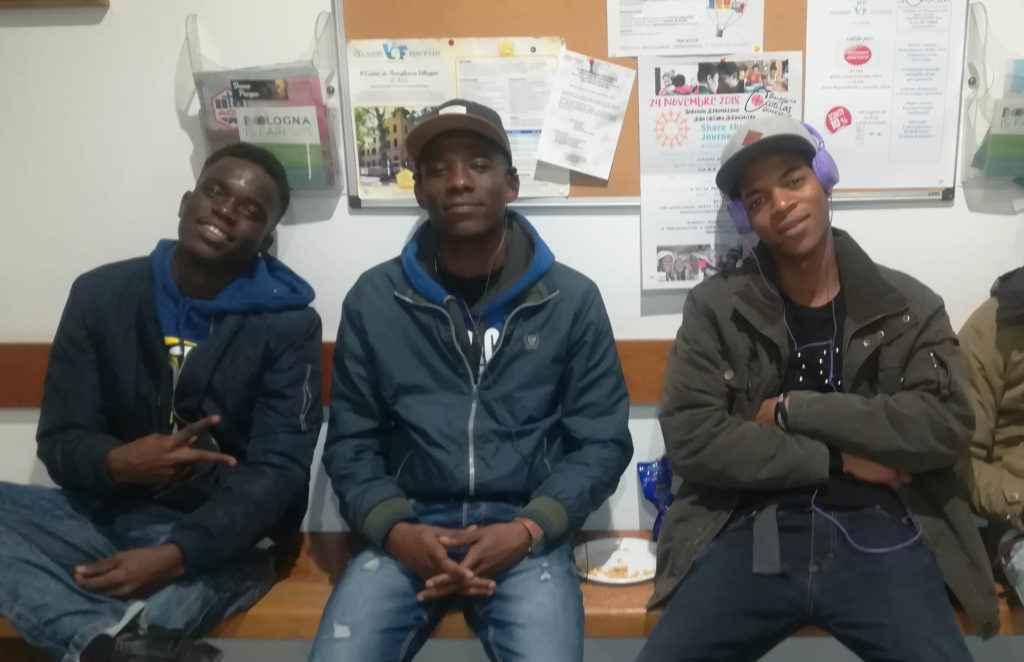 """I """"rapper"""" di Benkelema: per i migranti che non possono parlare"""