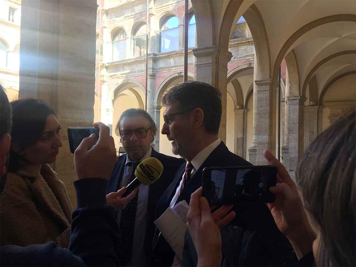 Intervento di Maria Adele Mimmi, responsabile dei Servizi area welfare, e Annalisa Faccini, responsabile Area protezioni di ASP Citta di Bologna.