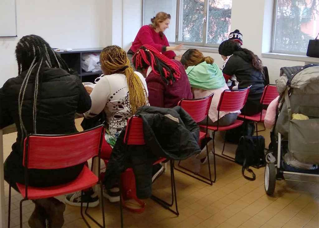 """L'educazione ai tempi del Coronavirus: il progetto """"Care donne – Italiano con cura"""""""